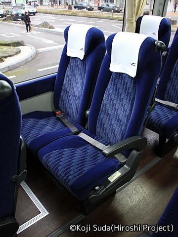 中国JRバス「浜田道エクスプレス」 ・626 シート