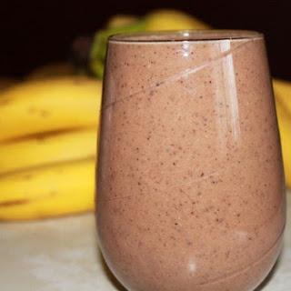 Milk, Chocolate, and Banana Smoothie Recipe