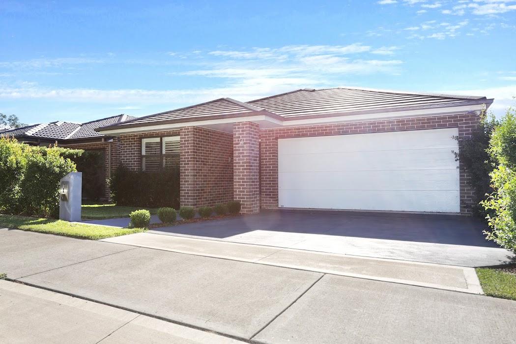 Main photo of property at 34 Jubilee Drive, Jordan Springs 2747