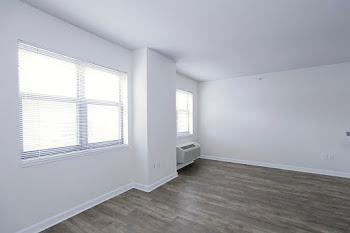 Go to Studio, One Bath Classic Floorplan page.
