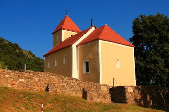 Photo: Mecseknádasd árpád-kori, Szent Istvánról elnevezett temploma