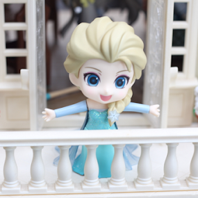 Frozen #1 by Timmothy Tjandra - Artistic Objects Toys ( canon, girls, girl, toy, toys, frozen, cute, anime, bokeh )