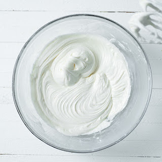 How to Make the Perfect Cream Cheese Frosting.