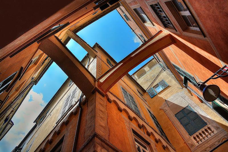 Geometrie Savonesi di Paolo Scabbia