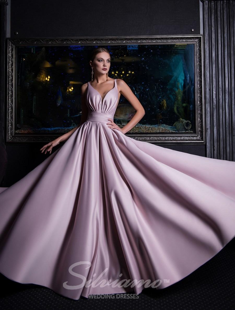 Вечірні сукні для будь-якого свята ac61e00658c8c