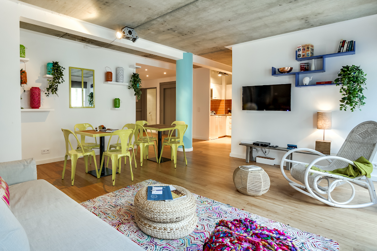 Bright living area at Milan IV Serviced Apartment, Opera