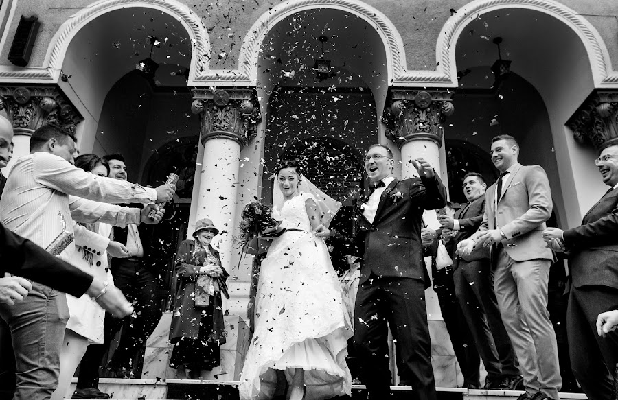 Fotografo di matrimoni Vali Negoescu (negoescu). Foto del 27.07.2017