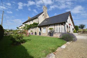 maison à Saint-Mars-d'Egrenne (61)