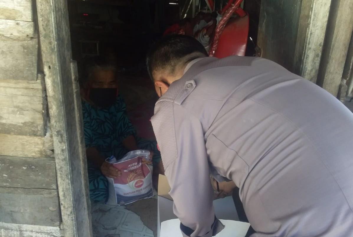 """Rosna (76) Alami Lumpuh """" Terimo Kasih Pak Polisi """", Bantuanyo"""