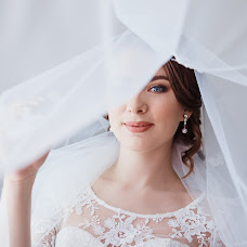 Wedding photographer Olya Yaroslavskaya (olgayaros86). Photo of 17.07.2018