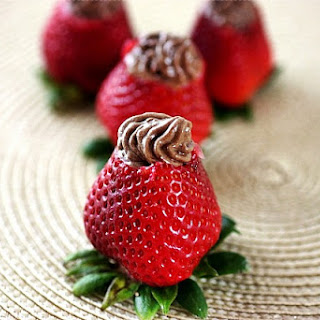 Chocolate Mousse Stuffed Strawberries