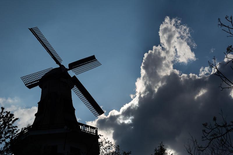 Le moulin dans le bleu di Barbara Surimi