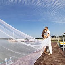 Wedding photographer Vitaliy Romanovskiy (Romanovsky). Photo of 11.09.2013