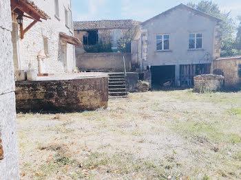 maison à Charras (16)