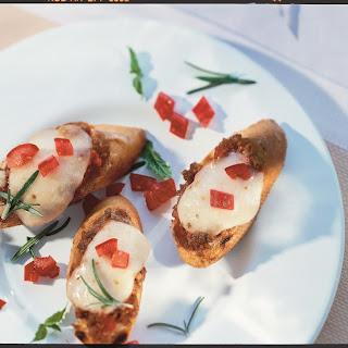 Bruschetta mit Mozzarella