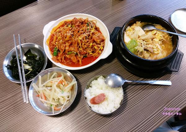 韓屋。韓國人做的道地韓式料理,平價大份量,白飯可吃到飽(東海商圈)