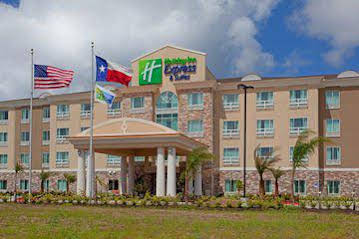 Holiday Inn Express and Suites Houston Space Center