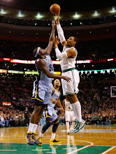 Photo: BOSTON, MA - JANUARY 2:  Jared Sullinger #7 of the Boston Celtics takes a shot over Zach Randolph #50 of the Memphis Grizzlies during the game on January 2, 2013 at TD Garden in Boston, Massachusetts. NOTE TO USER: User expressly acknowledges and agrees that, by downloading and or using this photograph, User is consenting to the terms and conditions of the Getty Images License Agreement. (Photo by Jared Wickerham/Getty Images)