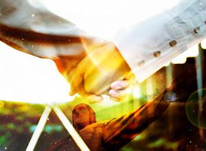 Photo: cristo y energías de unión