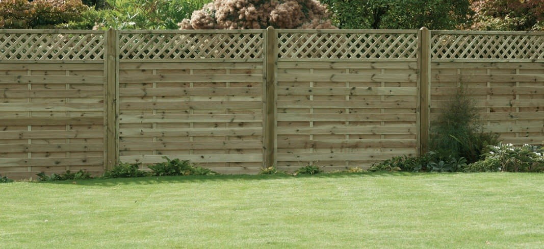 Timber Fencing For Winter Preperation