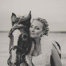 Wedding photographer Irina Belkova (IrisPhoto). Photo of 22.04.2014
