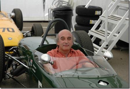 Ao volante de um Lotus
