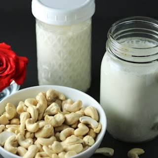 Basic Cashew Milk.