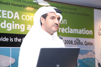 Photo: His Excellency Sheikh Khalid Bin Khalifa Al-Thani, Director Ras Laffan Industrial City, welcoming participants to Doha