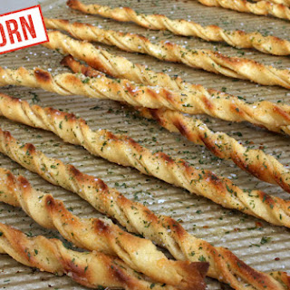 Einkorn Garlic Bread Twists