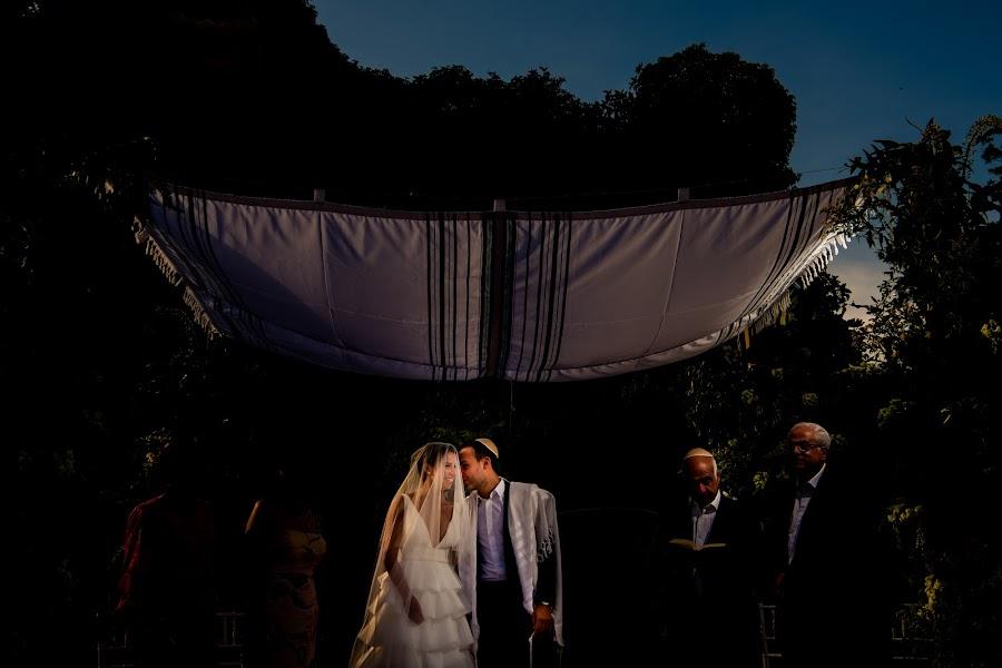 Wedding photographer Olmo Del valle (olmodelvalle). Photo of 05.07.2019