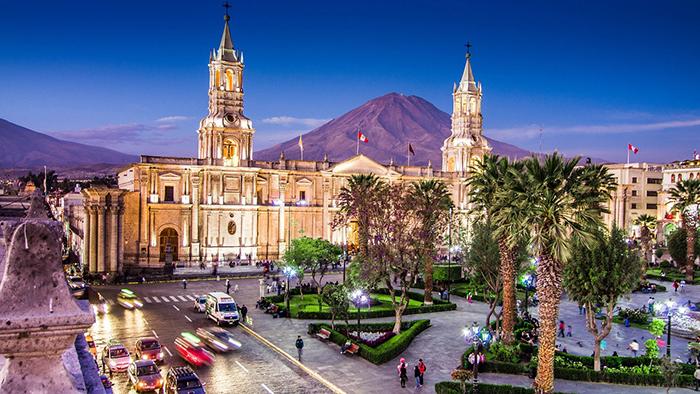 Conoce la Plaza de Armas de Arequipa