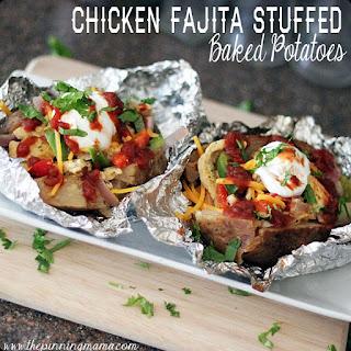 {Easy Family Meals} Chicken Fajita Stuffed Baked Potatoes.