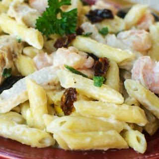 Copycat Johnny Carino's Spicy Shrimp and Chicken Pasta