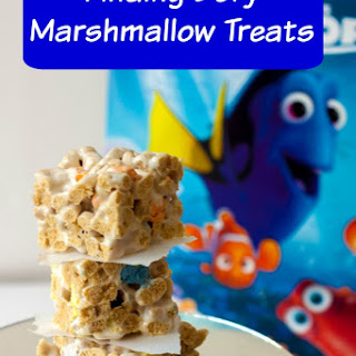 Finding Dory Marshmallow Treats