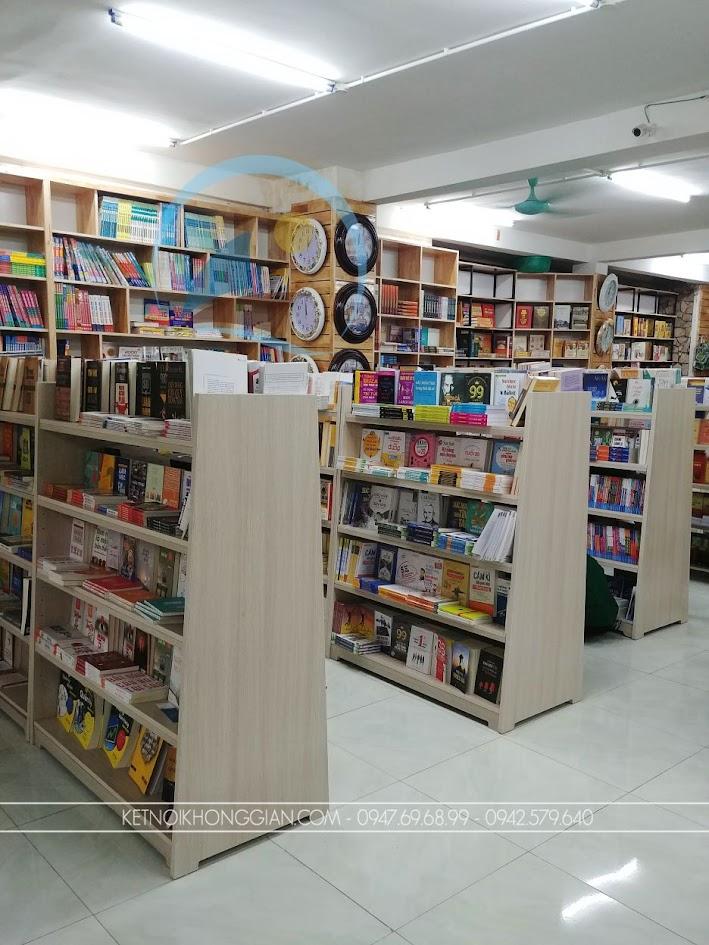 thiết kế thi công nội thất nhà sách Trí Đức 9