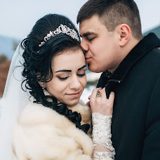 Wedding photographer Valera Rusinka (rusinkavaleriy). Photo of 13.02.2017