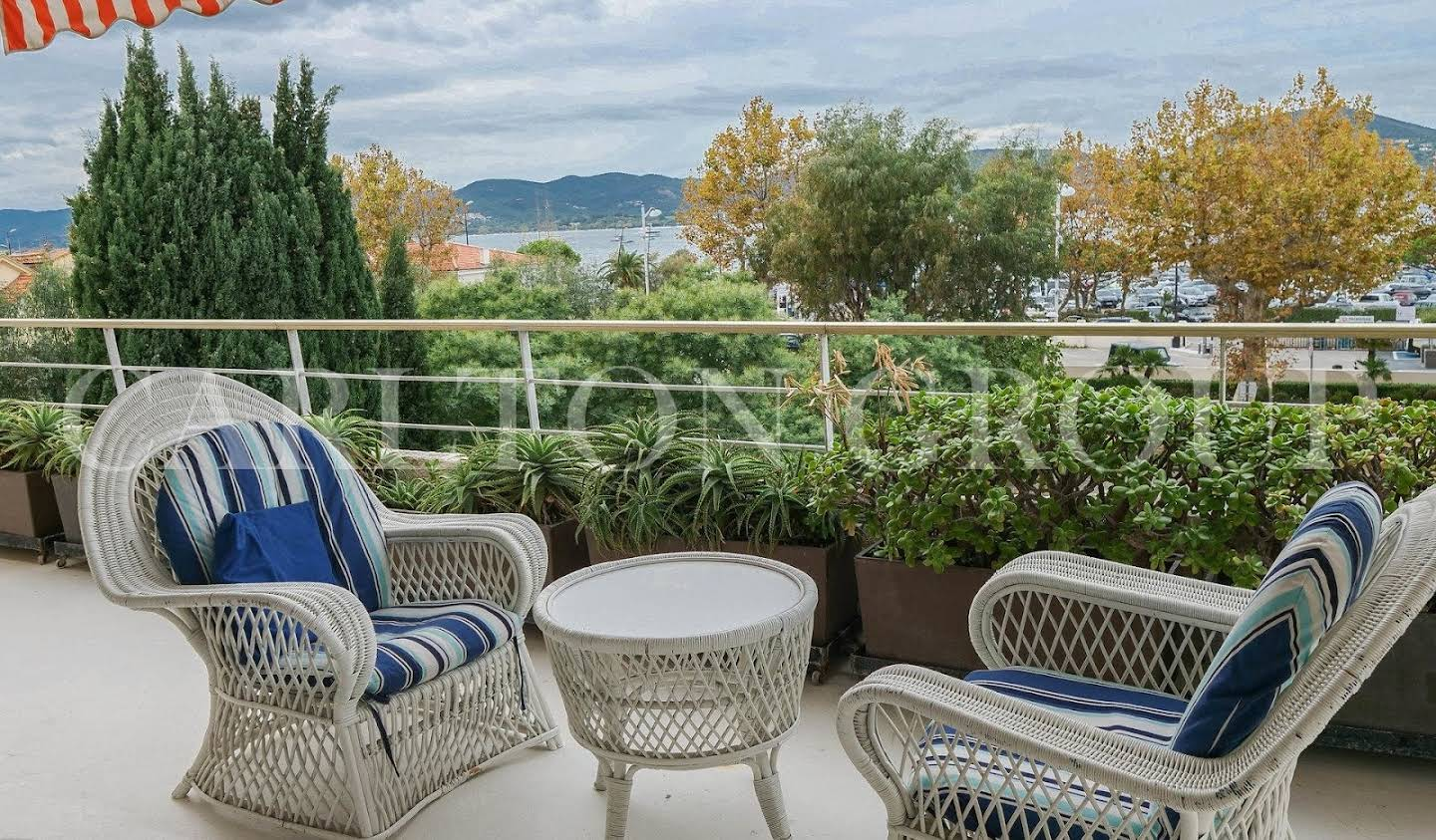 Apartment with terrace and pool Saint-Tropez