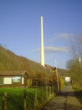 Photo: Ein 220 m hoher Schornstein zwischen Ardeygebirge und Harkortsee. (Zillertal bei Herdecke).