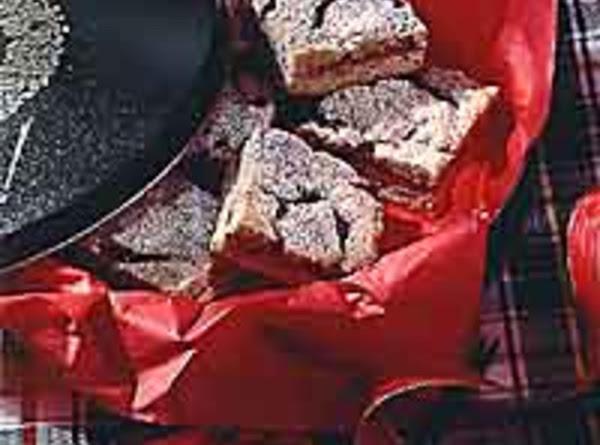 Yuletide Raspberry Almond Linzer Bars Recipe