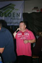 Photo: Zanger Peter Arends verzorgd wat muzikale klanken!