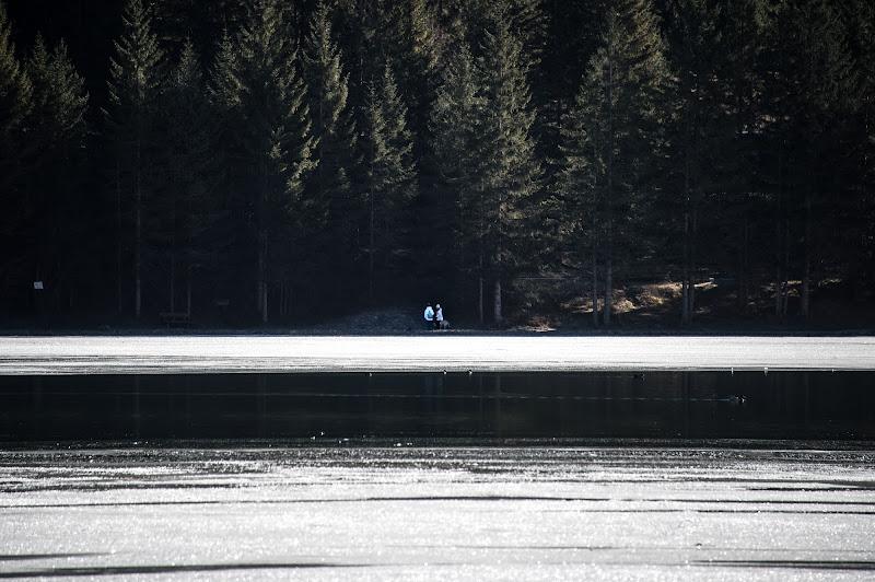 La passeggiata intorno al lago di si