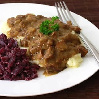 Hachee (Dutch Beef & Onion Stew)