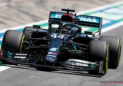 Hamilton rijdt vlot naar de overwinning in tweede GP, Ferrari's rijden mekaar al in openingsronde in de prak