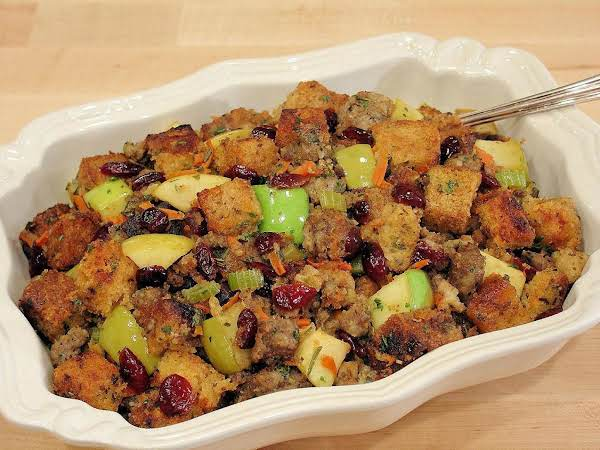 Apple Sausage And Cranberry Stuffing Recipe