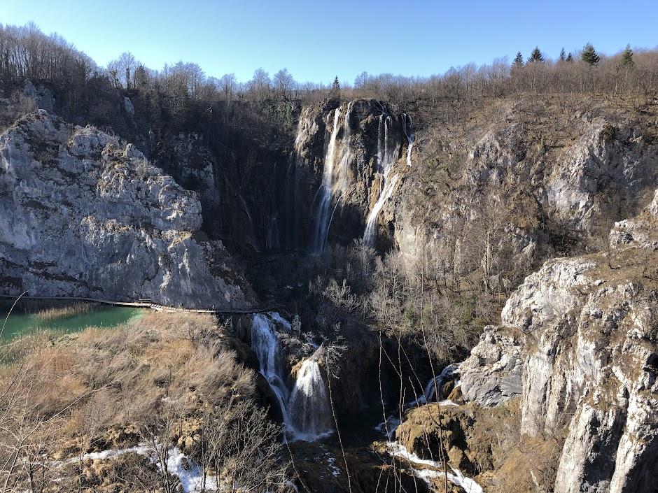 Plitvice Lake National Park - big waterfall
