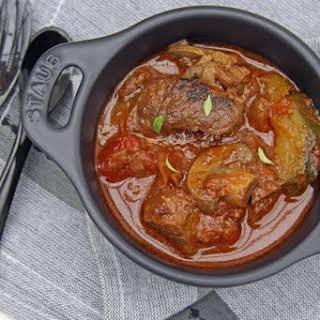 Beef brisket with braai (BBQ) sauce potjiekos.