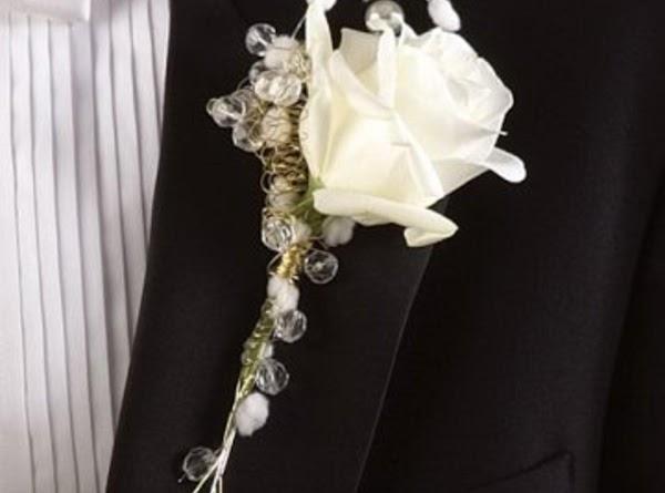 White Rose Boutonniere Recipe
