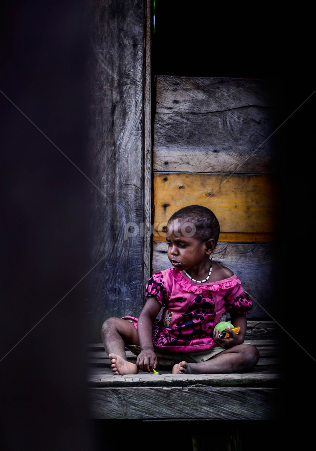 Anak by Erry Subhan - Babies & Children Children Candids ( papua, children, candid, tribe, girl, indonesia )