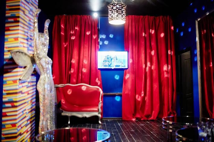 Фото №3 зала Караоке-комната на 30 человек