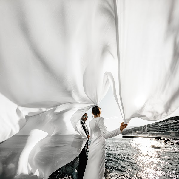 Wedding photographer Ruslan Nurlygayanov (photoruslan). Photo of 08.10.2019